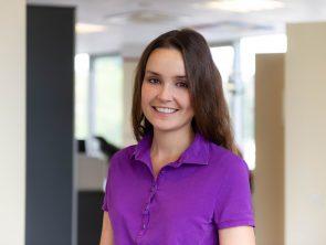 Dr. Neela Ewerhart